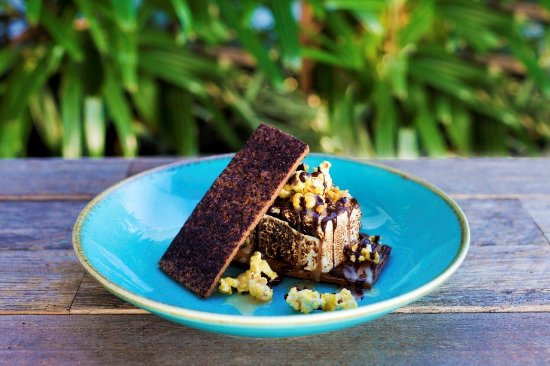 Александра-Хедланд, Австралия: Toasted Marshmallow, salted caramel popcorn, vanilla shortbread, chocolate sauce