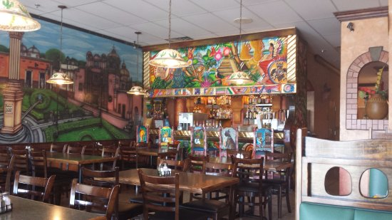 Janesville, Wisconsin: Cozumel Mexican Restaurant. A colorful place indeed!