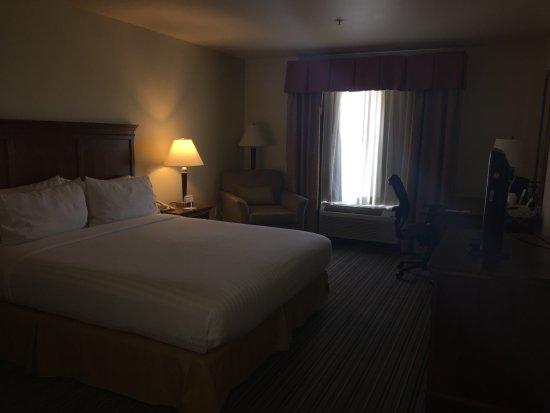 Holiday Inn Express Turlock: photo1.jpg