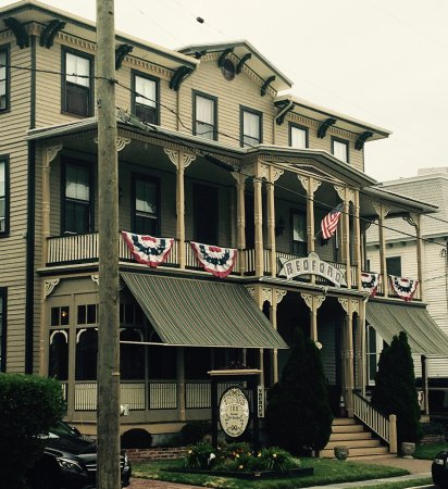 Bedford Inn: July 4th Stay
