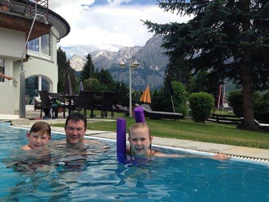 Wellness Sporthotel Hotel Alpenhof: Indoor and outdoor pool