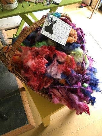 Black Cat Farmstead: Beautiful hand dyed wool for sale