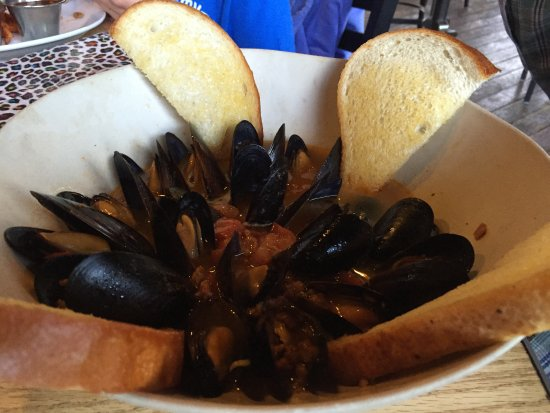 River's Edge: Mussels