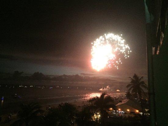 Lani Kai Island Resort: photo1.jpg