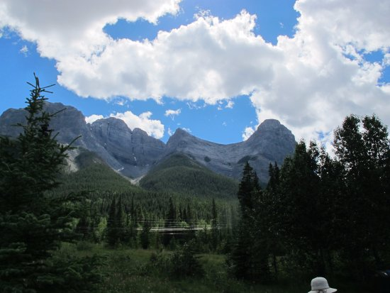 Bow Valley Campground: view