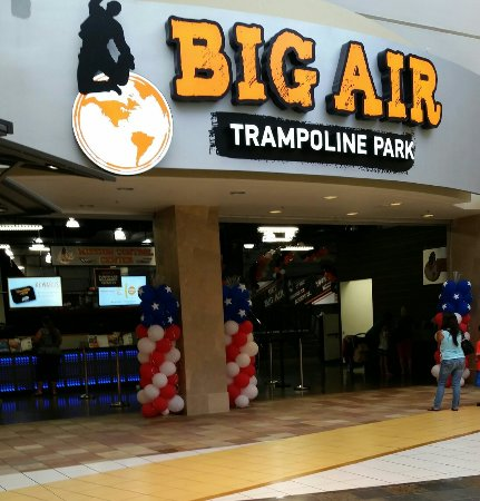 ‪Big Air Trampoline Park‬