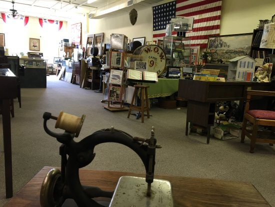 Sherman, TX: This museum has a variety of displays featuring local and world wide historical events... and it