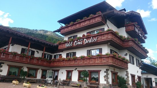 Hotel Cima Dodici: Stunning hotel! Amazing value for an amazing price! Great quality dinners and service. Spacious
