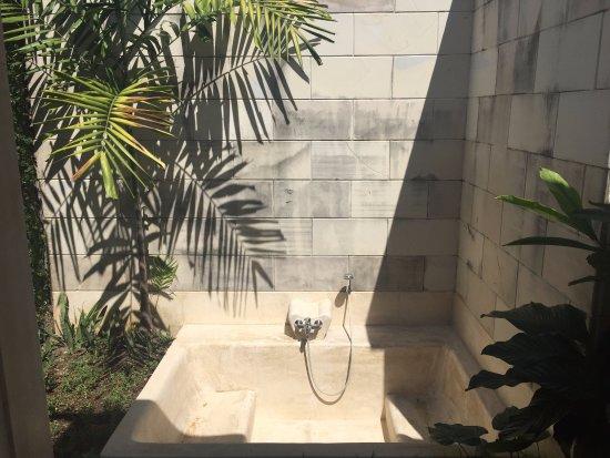 Villa Kecapi Bali: Bathroom
