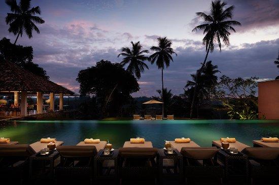 Kahanda Kanda : Swimming Pool