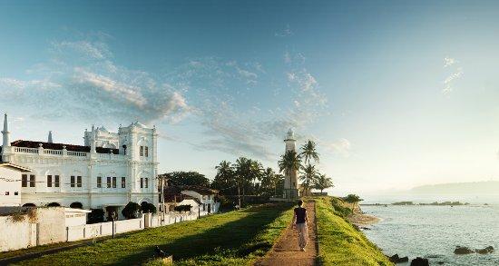 Kahanda Kanda: Galle Light House