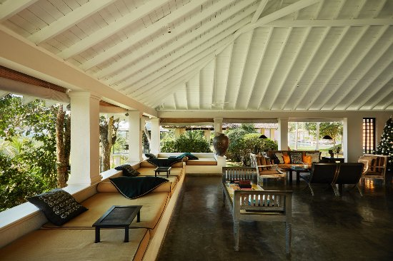 Kahanda Kanda: Living room