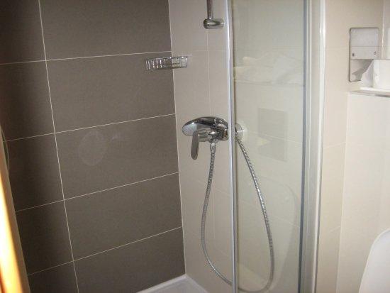 Hotel Astarea: great shower