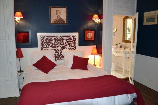 Cosne-Cours-sur-Loire, Francia: La chambre bleue
