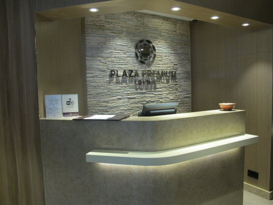 ‪Plaza Premium Lounge (Shower & Relaxation)‬