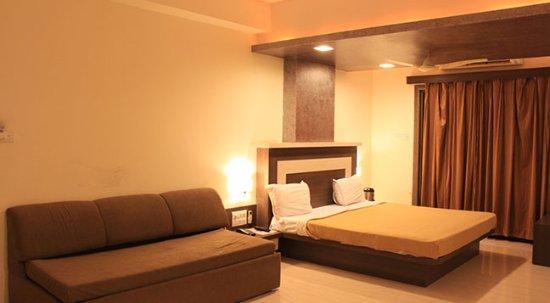 Hotel Vaikunth by Ajmera
