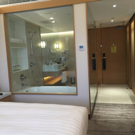 Superieur The Park Lane Hong Kong, A Pullman Hotel: Newly Renovated Room (see