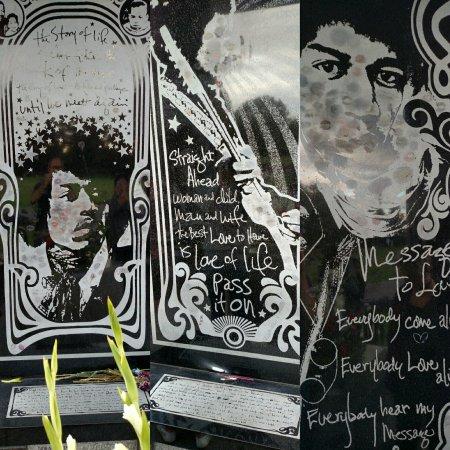 Jimi Hendrix Grave Site: IMG_20160705_214311_large.jpg