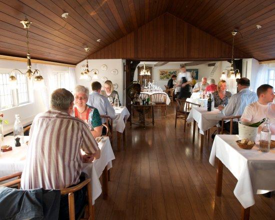 Strandgaarden Badehotel Restaurant: Restauranten