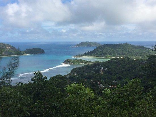 Anse La Mouche, Seychellerna: View from the mountains, Mahe, Seychelles