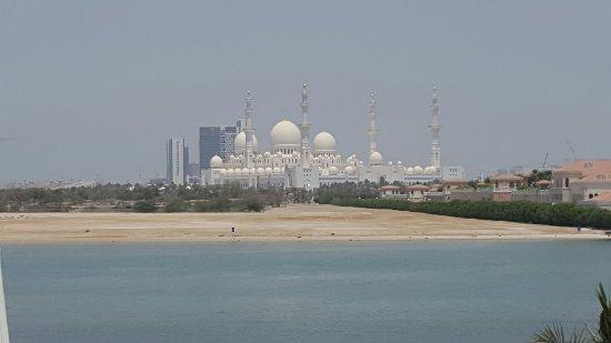 Shangri-La Hotel, Qaryat Al Beri, Abu Dhabi: 20160701_112819_large.jpg