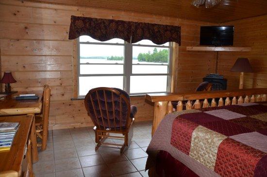 5 Lakes Lodge: Zimmer mit Blick auf den See und die Berge