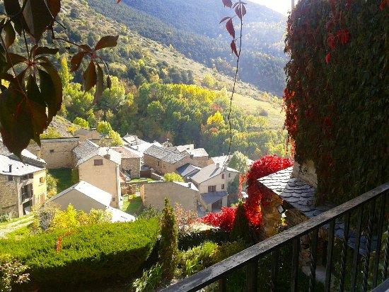 Llo, فرنسا: vistas habitación