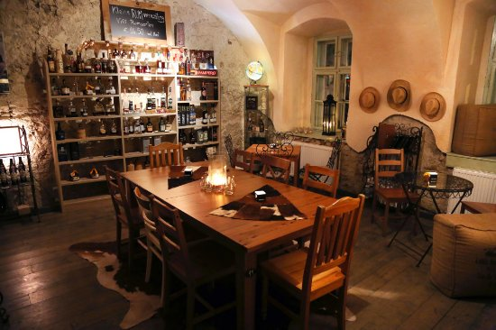 Bodega Lopez: Rum Lounge