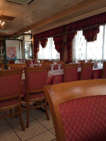 Mona lisa domont 25 avenue du lycee restaurant avis for Hotel domont