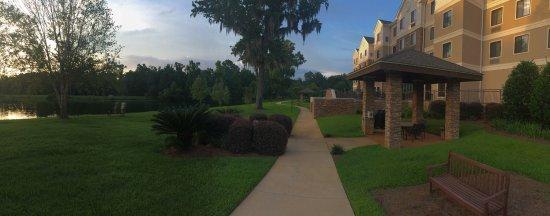 Staybridge Suites Tallahassee I-10 East: Fantastic location
