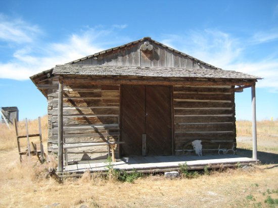 Hansen, ID: Rock creek station store