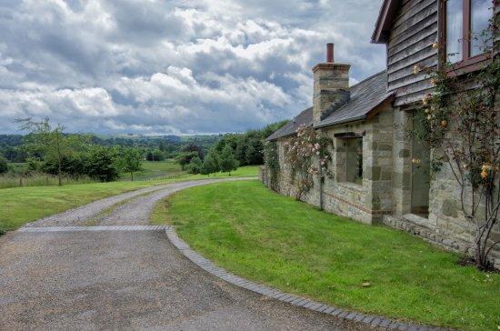 Dinton, UK: The garden room terrace view.