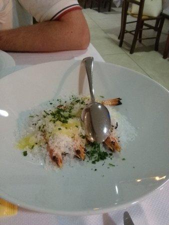Ristorante il Peschereccio : scampi sotto sale di cervia