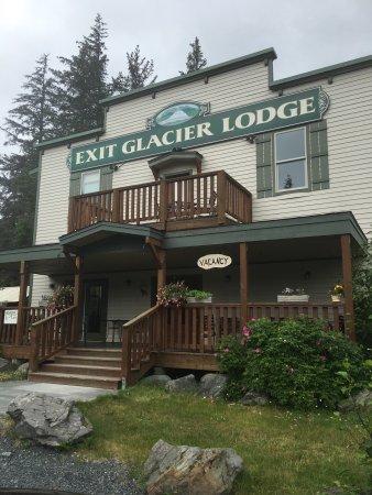 Exit Glacier Lodge: photo0.jpg