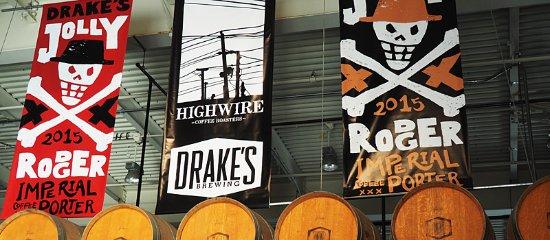 San Leandro, Καλιφόρνια: Hanging Banners