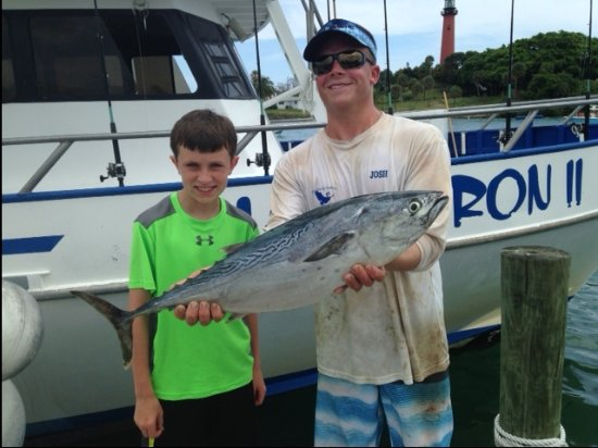 Jupiter, FL: GRAND SON, VISITING FROM VA. CAUGHT THIS ATLANTIC BANITO.  WITH HELP FROM BLUE HERON MATE.