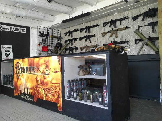 Carleton Place, Canada: Marked Paintball, Airsoft & Laser Tag