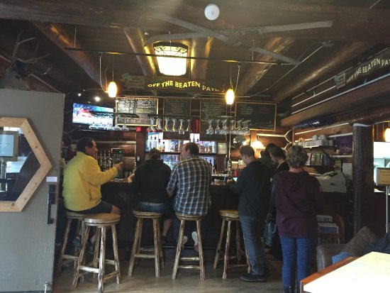 Columbia Falls, MT: Bar area at Oso's