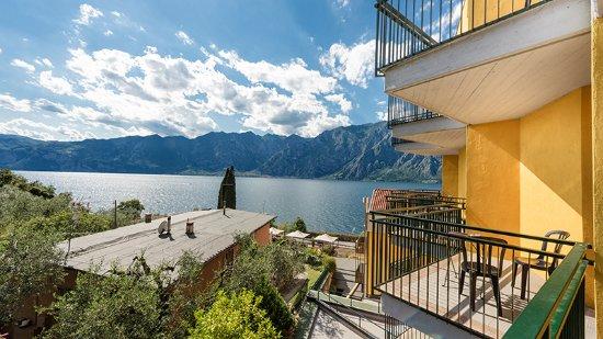 Hotel Sole Malcesine: Blick zum See
