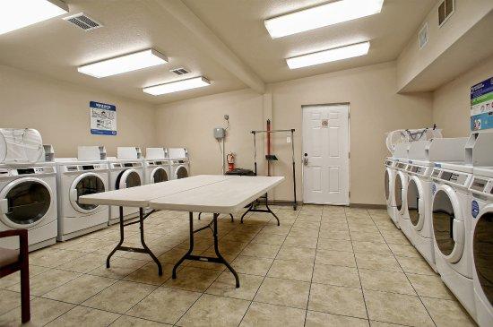 Aubrey, Teksas: Laundry Room