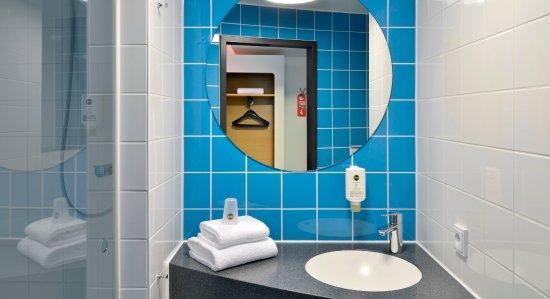 Badezimmer - Bild von B&B Hotel Konstanz, Konstanz - TripAdvisor