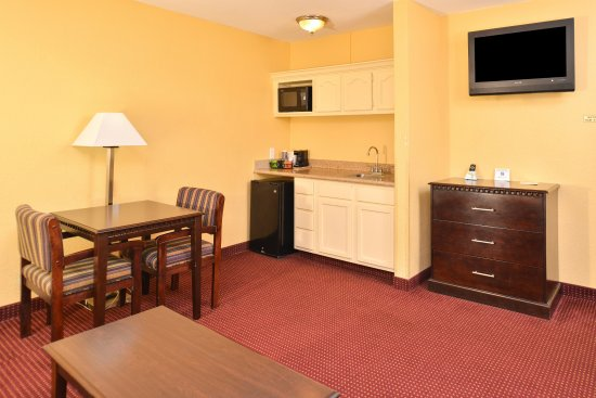 Winnsboro, LA: Suite Amenities