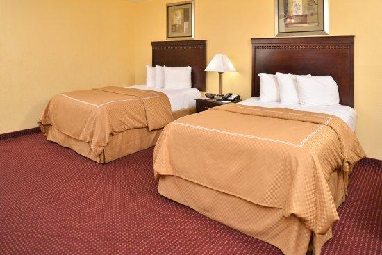 Winnsboro, LA: Two Double Beds