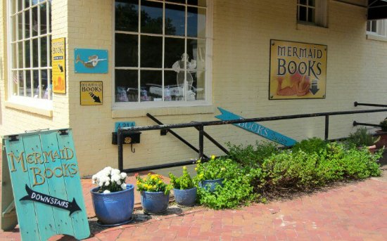 Photo of Tourist Attraction Mermaid Books at 421-a Prince George Street, Williamsburg, VA 23185, United States