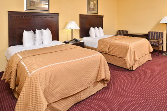 Winnsboro, LA: Two Double Beds