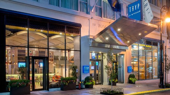 TRYP HOTEL NYC - Times Square South by Wyndham: Entrance
