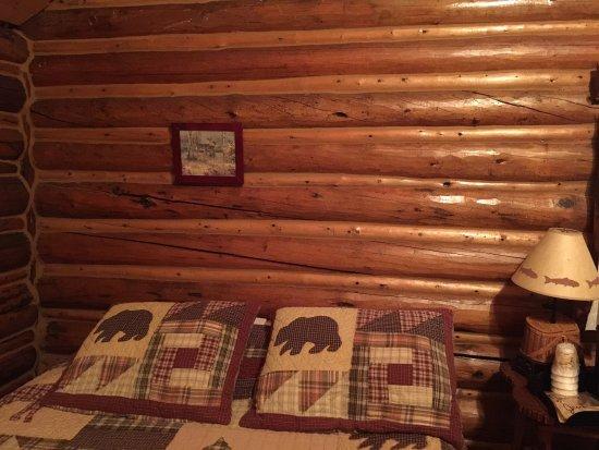 Antlers Lodge Cooke City: photo2.jpg