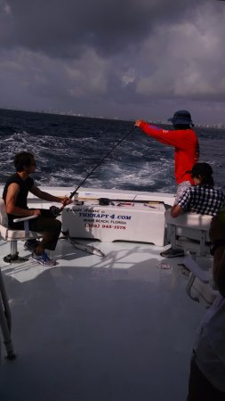 North Miami Beach, FL: Getting help pulling it to the boat