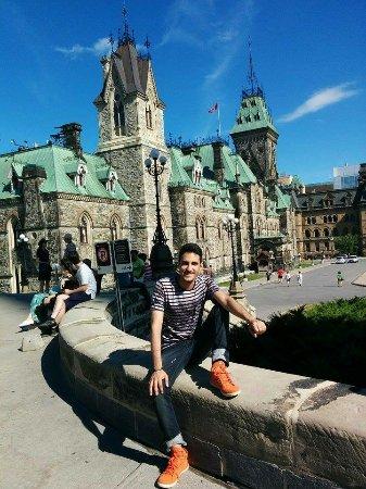 Ottawa, Canadá: Meu tênis alaranjado! hehe