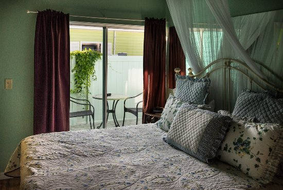 Captiva Island Inn Bed And Breakfast